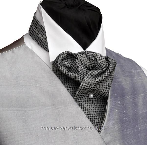 Neckwear : Cravats (Self-tie) : Knightsbridge Self Tie  Wedding Cravat with matching hankie