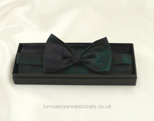 Neckwear : Bowties (Pre-tied) : Black Watch Tartan Ready-Tied Silk Bowtie with matching hankie