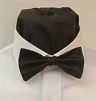 Neckwear : Bowties (Pre-tied) : Ready Tied Bow Tie in a choice of 57 colours with matching hankie